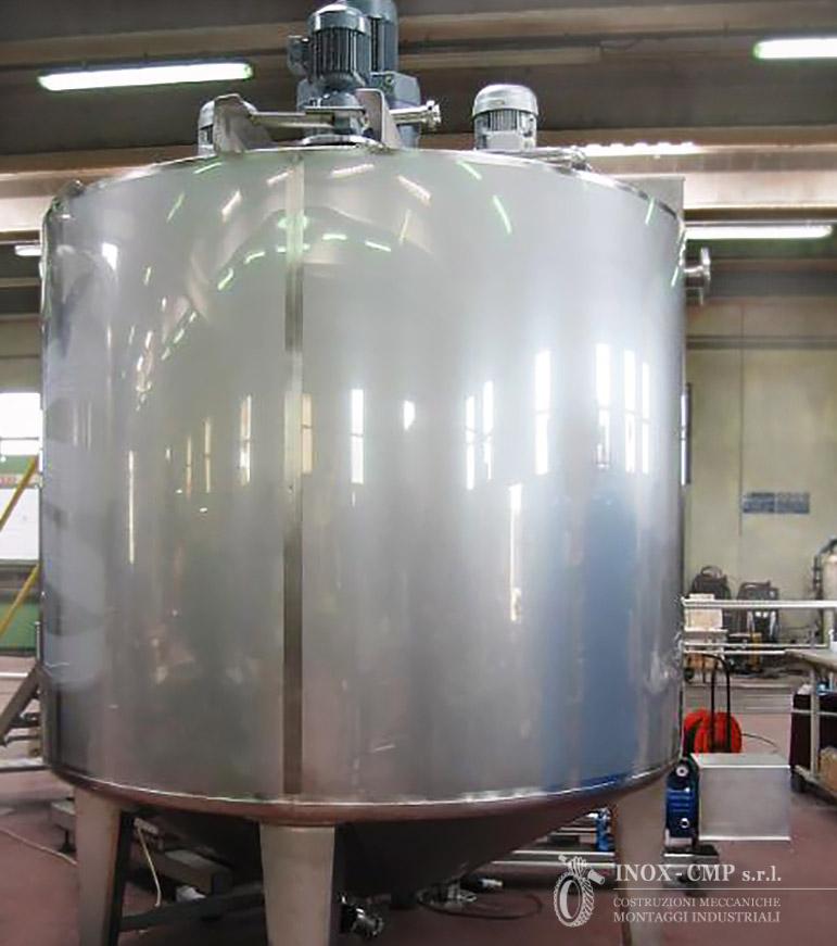 Tank-con-agitatori_mixing-tank-inox-cmp-srl©